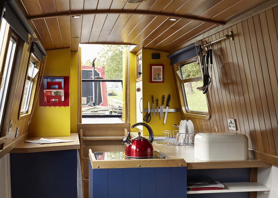 Hire Narrowboat Queenie England Uk Holidays Star